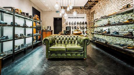 Photo Pontman Schoenen en Purmerend, Shopping, Mode et habillement