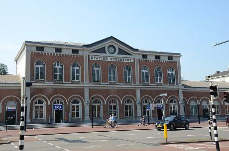 Photo NS Station Dordrecht en Dordrecht, Info, Transports en commun